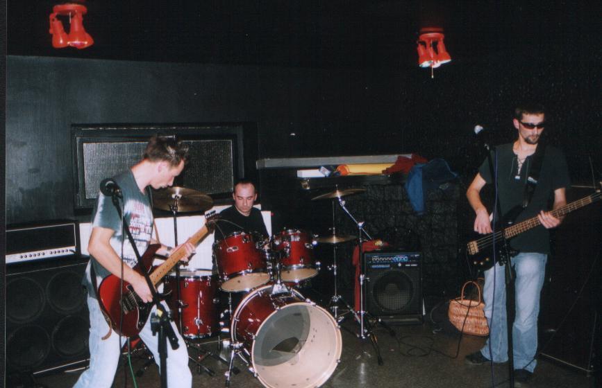 http://www.zmaza.com/fot/koncert_pila/05.jpg